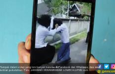 Siswi Duel, Adu Jotos Gara-gara Rebutan Cowok, Heboh - JPNN.com