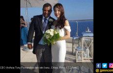Bos AirAsia Tony Fernandes Resmi Pensiun - JPNN.com
