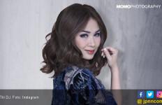 Lewat Lagu, Titi DJ dan Anji Ajak Masyarakat Lawan Corona - JPNN.com