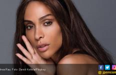 Hmmm, Ternyata Inilah Sosok Transgender Pertama di Playboy - JPNN.com