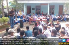 Danlantamal III Pimpin Kerja Bakti di Flat TNI AL Marunda - JPNN.com