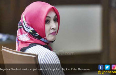 Jadi Penghuni Lapas, Angelina Sondakh Semakin Religius  - JPNN.com