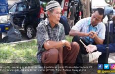 Bapak Ini Datang dari Bandung Khusus Cari Sang Anak - JPNN.com
