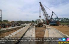 Girder Ambruk, DPR Curiga Proyek Tol Paspro Bermasalah - JPNN.com
