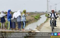 Presiden Jokowi Beraksi Lagi dengan Motor Trail, Keren Pak! - JPNN.com