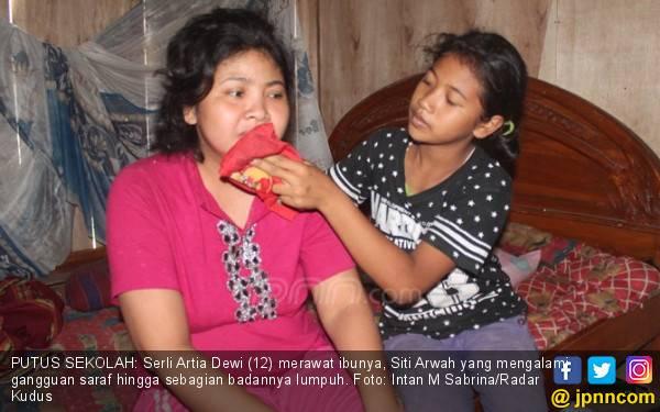 Serli Terpaksa Putus Sekolah demi Merawat Ibu dan Adik - JPNN.com