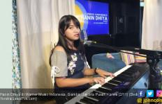 Hanin Dhiya Bikin Kor Massal di Prambanan Jazz 2019 - JPNN.com