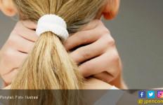 Jangan Menguncir Rambut Terlalu Kencang, Ini Bahayanya - JPNN.com