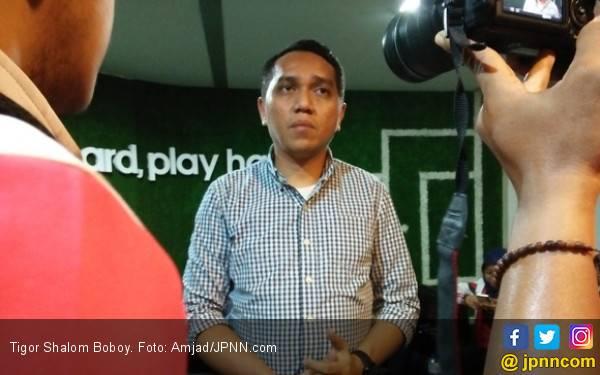 PT LIB Kirim Replika Trofi Juara ke Makassar dan SUGBK - JPNN.com