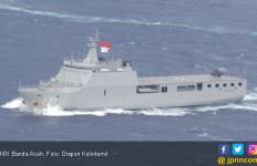 KRI Banda Aceh-593 Dukung Peringatan Hari Pahlawan - JPNN.com