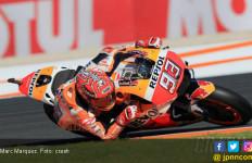 Jatuh 27 Kali, Marquez Start Terdepan di MotoGP Valencia - JPNN.com
