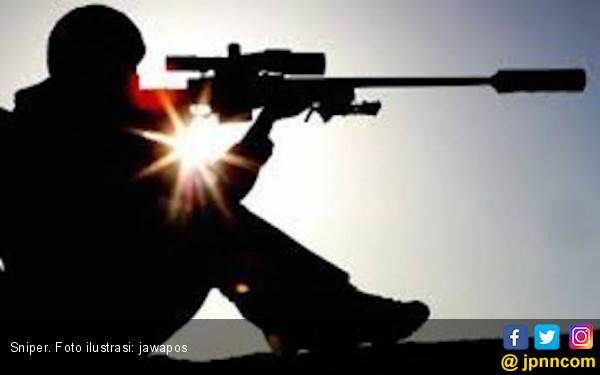 Ditembak Sniper, Deputi Sheriff Tersungkur di Depan Kantor Polisi - JPNN.com