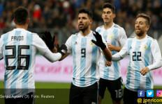 Argentina Kalah dari Nigeria, Sergio Aguero Pingsan - JPNN.com