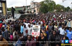 Muak, Rakyat Usir Mugabe dari Zimbabwe - JPNN.com