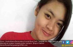 Dicari, Gadis Manis Berkendara Honda Beat Putih - JPNN.com