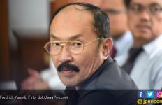 KPK Sita HP Hingga Stempel dari Fredrich Yunadi dan Bimanesh - JPNN.com