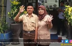 Siswa SMP Nyambi jadi Kuli Bangunan, di Kota Bogor Bro! - JPNN.com