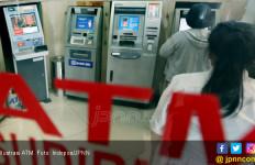 Pelaku Skimming Cuma Butuh 10 Menit Pasang Alat di Mesin ATM - JPNN.com