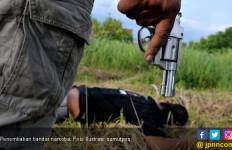 Dooor! Aris Munanda Langsung Ditembak Mati, Tak Ada Ampun - JPNN.com