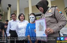 Trik Mbak Kur agar Bisnis Haramnya tak Ketahuan Suami - JPNN.com