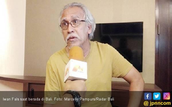 Komentar Iwan Fals soal Penangkapan Pria Pengancam Penggal Kepala Jokowi - JPNN.com