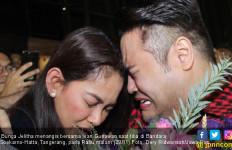 Menangis, Bunga Jelitha Nyaris tak Mau Pulang ke Indonesia - JPNN.com