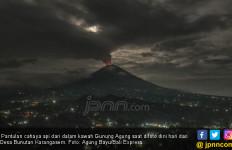PVMBG Fokus Pantau Gunung Agung, Cuek Disebut Hoaks - JPNN.com