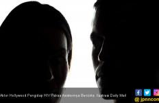 Aktor Hollywood Pengidap HIV Paksa Asistennya Bercinta - JPNN.com