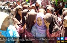 Tak Gentar, Guru Terlapor Pencubit Siswi Melawan - JPNN.com