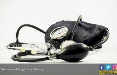 Hindari 5 Makanan Ini untuk Menurunkan Tekanan Darah - JPNN.com