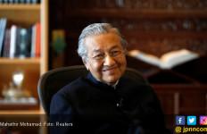 Mahathir Berkelit soal Penggeledahan Rumah Najib - JPNN.com