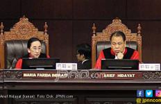 Didesak Mengundurkan Diri, Ketua MK: Saya Enggak Mau Gaduh - JPNN.com
