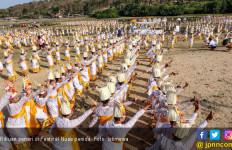 Keren! 1.500 Penari Bikin Heboh Festival Nusa Penida - JPNN.com