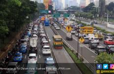 Pengelola Mestinya Cari Solusi Kemacetan di Tol - JPNN.com
