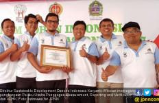 Danone Aqua Sabet Penghargaan Pelaku Usaha Pengagas MRV - JPNN.com