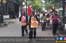 2 Warga Ponorogo Jalan Kaki ke Jakarta, Ingin ke Istana - JPNN.com