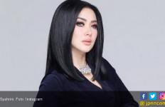 Setelah Helikopter, Syahrini Ingin Ajak Penggemar Naik Jet - JPNN.com