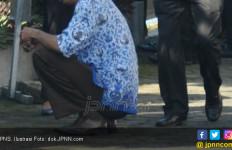 PNS Ngutil Dua Cincin di Toko Emas, Videonya Viral - JPNN.com