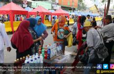 Manjakan PKL Tanah Abang di Jalanan, Anies Salahi Aturan - JPNN.com