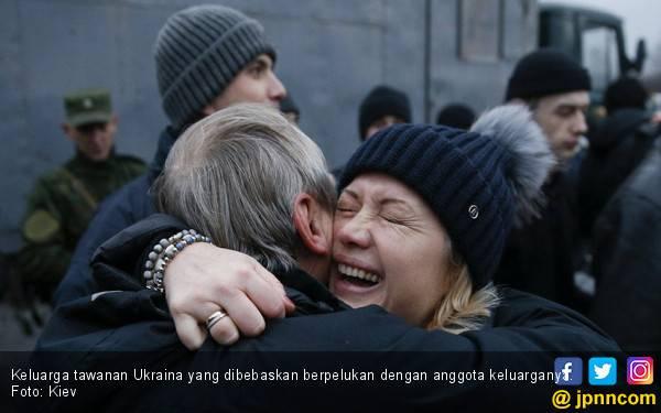 Natalan 7 Januari, Ukraina dan Pemberontak Tukaran Tawanan - JPNN.com