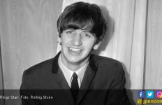 Drummer Beatles Dianugerahi Gelar Kesatria Kerajaan Inggris - JPNN.com