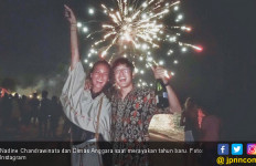 Unch Mesranya, Nadine Rayakan Tahun Baruan Bareng Dimas - JPNN.com