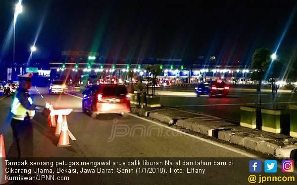 Malam Ini Diprediksi 1,3 Juta Kendaraan Tinggalkan Jakarta - JPNN.com