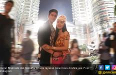 Mesranya Verrel dan Natasha Wilona Tahun Baruan di Malaysia - JPNN.com
