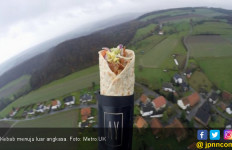 Wuiih..Kebab Diterbangkan ke Luar Angkasa - JPNN.com