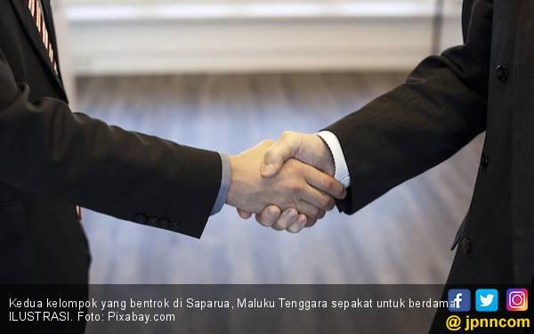 Aparat Keamanan Mediasi Kedua Negeri yang Bentrok di Saparua - JPNN.com