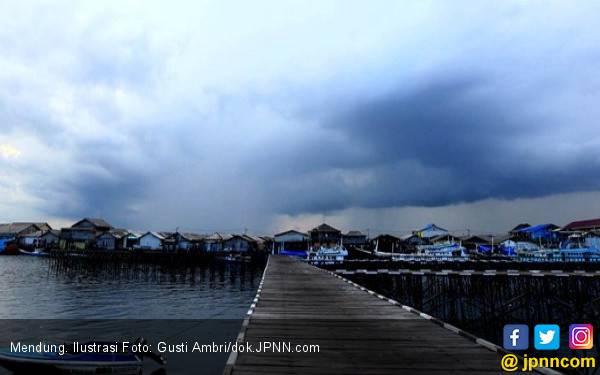 Sejumlah Kawasan Berpotensi Hujan Deras Hingga 10 Mei - JPNN.com