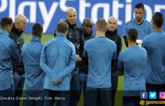Zidane Tinggalkan Ronaldo, Benzema dan Bale - JPNN.com
