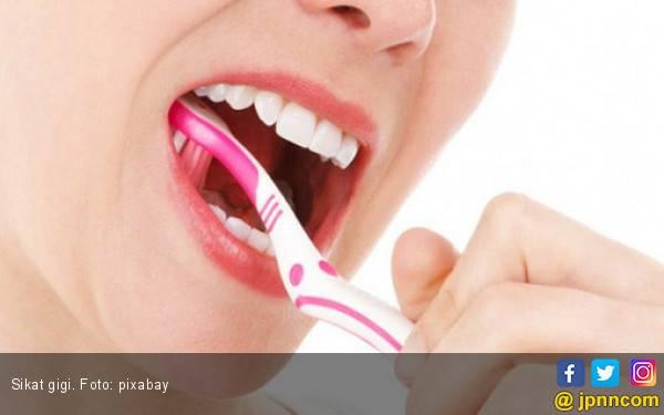 Jangan Melewatkan Menyikat Gigi di Malam Hari - JPNN.com
