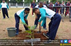 Jelang Hari Dharma Samudra, Kolatarmabar Tanam 2.500 Pohon - JPNN.com